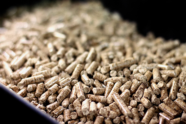 Wood Pellets Guide for Smoking and Grilling | Louisiana Grills