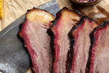 The Best Cuts of Meat to Smoke – A Definitive List