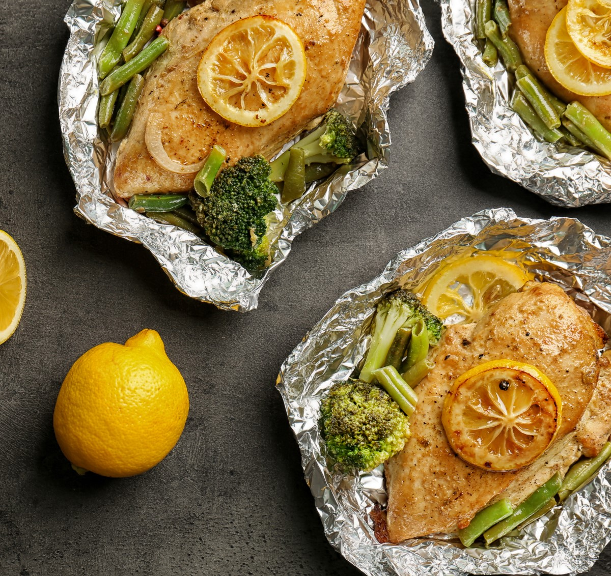 Lemon Chicken, Broccoli & String Beans Foil Packs